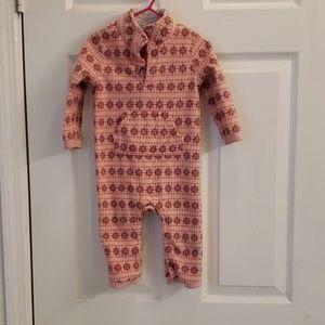 Old Navy Christmas pajamas 12-18 Month